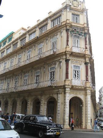 Hotel Plaza3