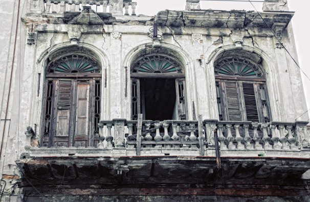 building in old havana